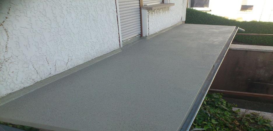 Impermeabilizzazione guaina liquida per terrazzi o balconi.
